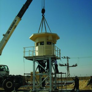 Milennium, a Security Product by Mifram: Fast erection with a crane
