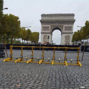 The MVB vehicle barrier near the arc de Triomphe de l'Étoile