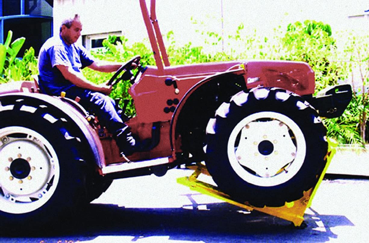 Barricade Vehicle Tractors : Mvb modular vehicle barrier non fatal stopping power
