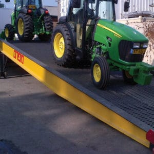 Mobile Ramp, a Security Product by Mifram: Corrugated ramp to prevent slippage (also in rain)